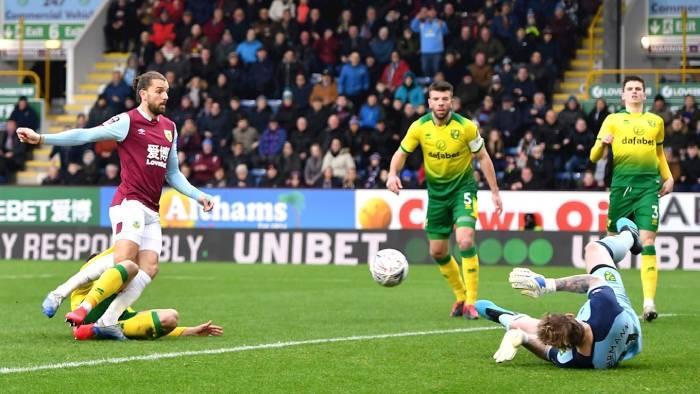 Soi kèo nhà cái Norwich City vs Burnley - Ngoại hạng Anh - 18/07/2020